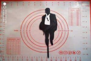 Topper James Bond